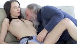 Dirty old dude is screwing the sweet vagina hole of cute babe