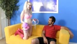 You need to be a witness of this awesome oral intercourse involving silly blonde